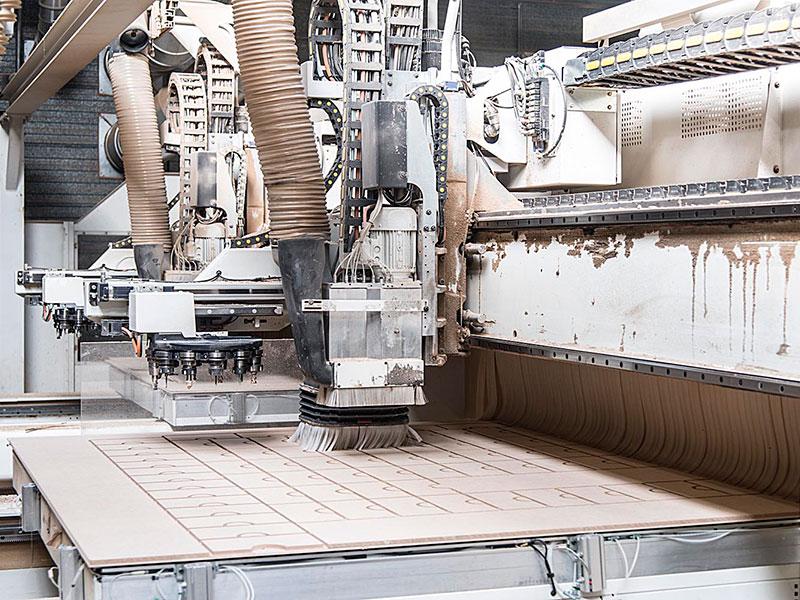 CNC frezen, maatwerk, 5-assig frezen, hout.